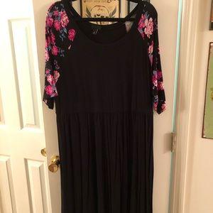 torrid Dresses - NWOT Torrid Black Skater Dress w/ Floral Sleeves